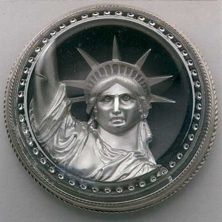 THE STATUE OF LIBERTY PAPERWEIGHT - Click Image to Close