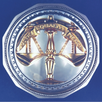 THE GOLD SCALES OF JUSTICE PAPERWEIGHT